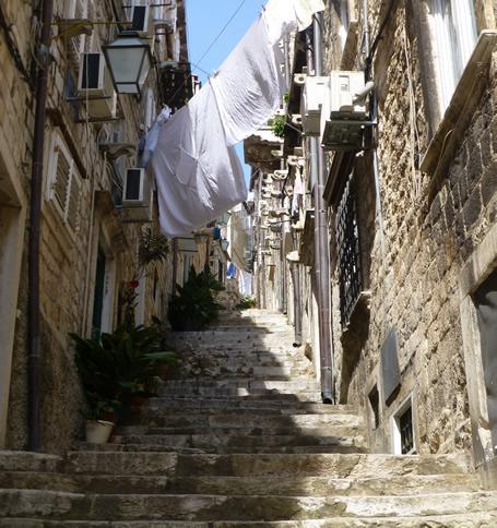 Small streets stradun